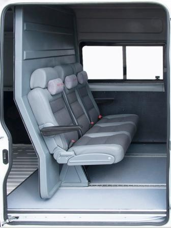 Пассажирское отделение грузопассажирского микроавтобуса